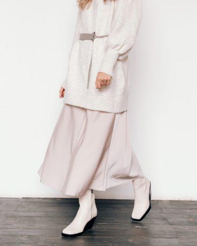 Сатиновая юбка в молочном оттенке