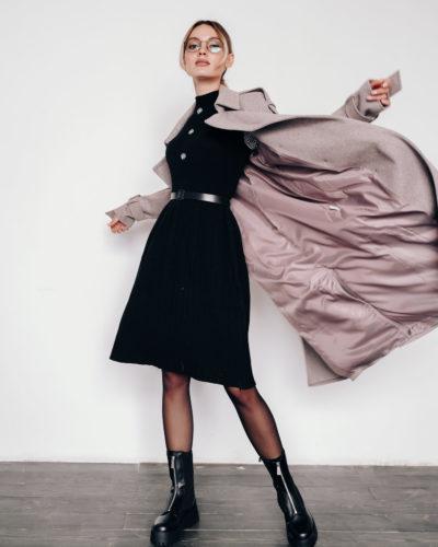 Пальто под тренч с ремнями вдоль рукавов в цвете кофе (диагональ)