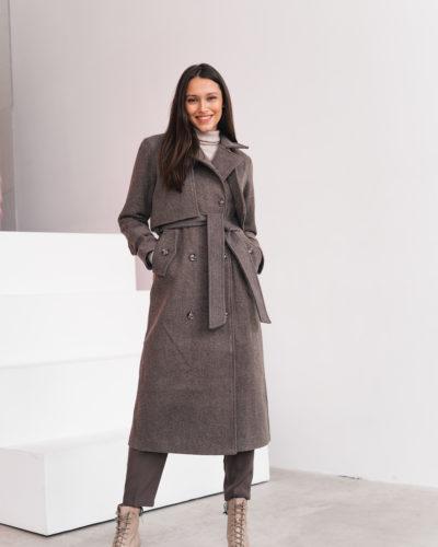 Пальто под тренч в оттенке шоколад с пуговицами сзади