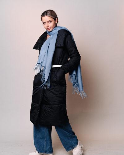 Куртка с отложным воротником-капюшоном в черном цвете