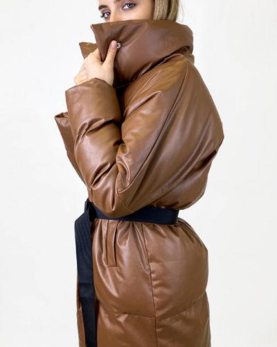 Куртка из эко кожи в цвете карамель
