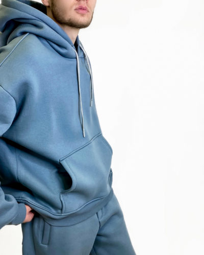 Мужской спортивный костюм на флисе в серо-голубом цвете