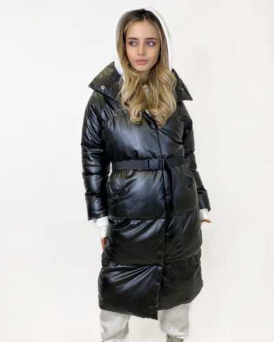 Куртка из эко кожи в черном цвете
